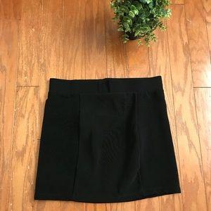 H&M Tight Black Polyester Pencil Short Mini Skirt